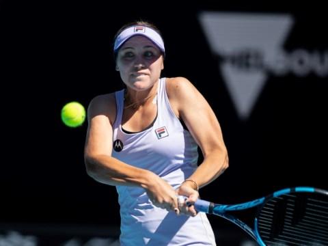 '나에게 사과': 끔찍한 Aus Open 테니스 스 패트 폭발로 별 분리