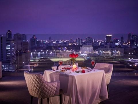 식사하실 건가요?  이번 주말 방콕에서 열리는 러브 페스티벌을위한 발렌타인 식사 할인