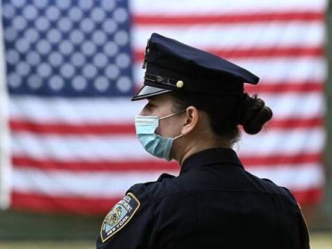 Coronavirus : Les autorités de santé américaines recommandent de superposer deux masques