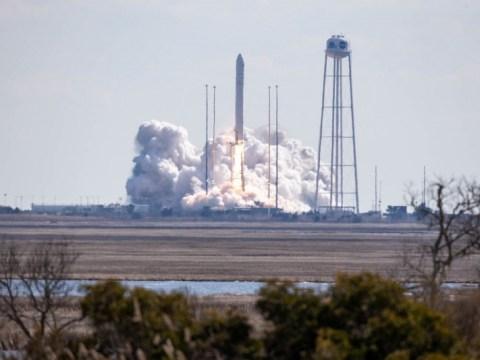 안타레스 로켓, 국제 우주 정거장에 무거운화물 적재