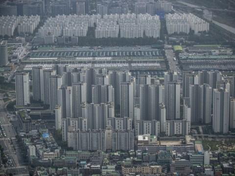 [Wawasan Lee Jong-woo] Suku bunga naik…  Kurangi stok dan tunda pembelian rumah