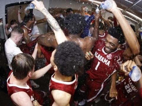 대학 농구 점수, 승자 및 패자 : 일부 SEC 팀에게는 나쁜 손실이지만 앨라배마는 리그 우승