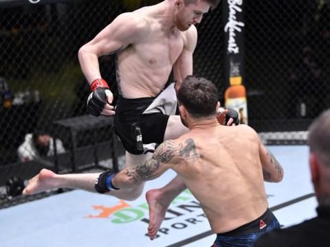 MMA Junkie의 2 월 '이달의 녹아웃': 시대를위한 날아 다니는 무릎