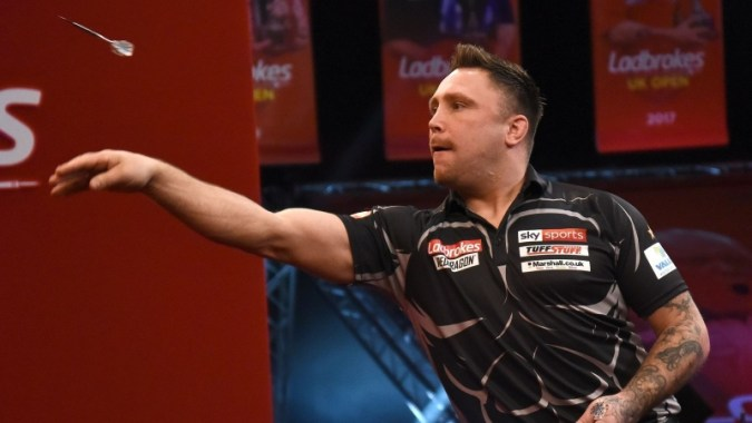 UK Open Darts : Gerwyn Price와 Michael van Gerwen, 8 강 진출