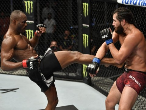 UFC 261, Usman-Masvidal 2가 전체 관중 앞에서 3 번의 타이틀 경기를 이끌며 플로리다로 향합니다.