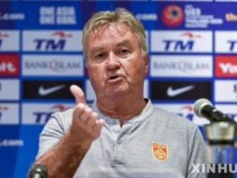 Pelatih berusia 75 tahun Hiddink memimpin Curacao untuk memenangkan kualifikasi Piala Dunia selama dua tahun berturut-turut