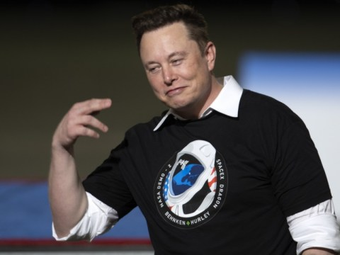 Kunjungan kejutan Elon Musk ke London…  Pernahkah Anda mencari situs untuk pabrik Tesla?