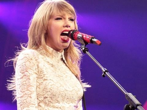 Taylor Swift, 'Red (Taylor 's Version') 출시일 및 기타 발표 : 우리가 알고있는 내용은 다음과 같습니다.