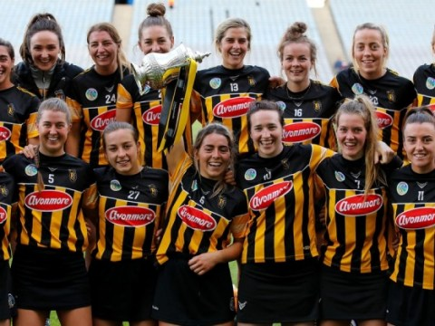Kilkenny 1-18 Galway 1-15 : Cats, Div 1 타이틀을 획득하기 위해 후반전 급증