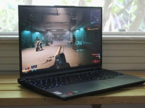 Lenovo Legion 5 Pro 리뷰 : 얇고 값 비싼 게이밍 노트북을위한 해독제