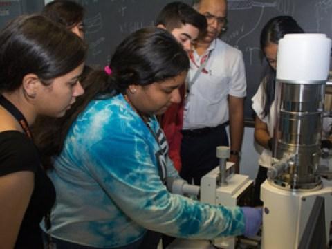 2021년 NSF PREM 보조금으로 첨단 소재 연구 참여 확대