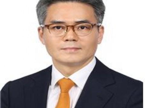 "Kekuatan Rakyat ""Kim Ki-pyo, yang meminjam 5,4 miliar won, harus segera mengundurkan diri"""