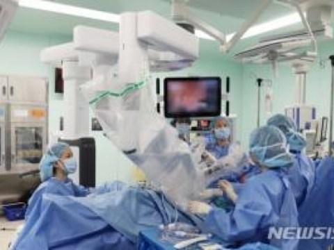 Rumah Sakit St. Mary Eunpyeong Mencapai 1.000 Kasus dalam 2 Tahun 3 Bulan Bedah Robot