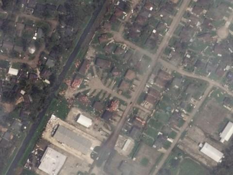 우주에서 본 허리케인 이다의 피해(위성 사진)