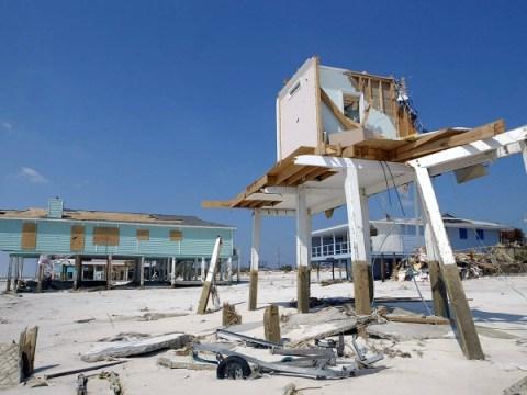 15 พายุเฮอริเคนที่เลวร้ายที่สุดตลอดกาล