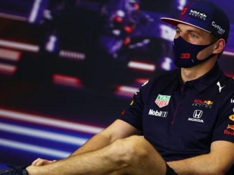 Verstappen : Russell rendra la tâche 'très difficile' à Hamilton