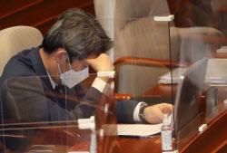 [포토] Menteri Lee In-young menghadiri pertanyaan pemerintah di bidang politik
