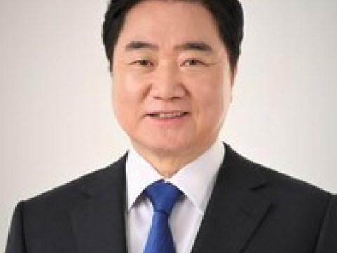 Lee Seok-hyeon, mantan Wakil Ketua Majelis Nasional