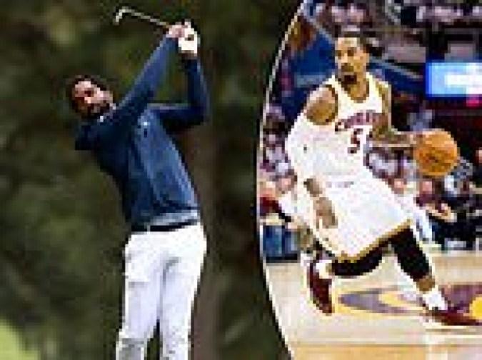 전 NBA 스타 출신 대학 1학년인 JR 스미스, 노스캐롤라이나 A&T의 NCAA 골프 데뷔전에서 고군분투